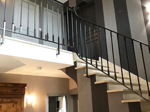 Rénovation cage d'escalier papier-peint